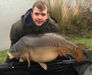 BIG Temple Mirrors banked at Bury Hill Fisheries